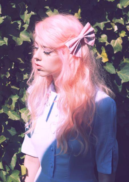 penteados kawaii rosa cacheado