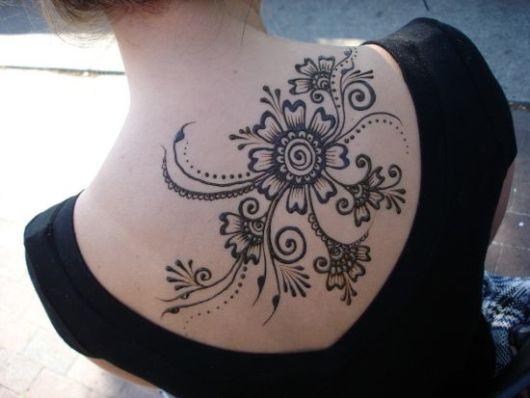 Esse modelo é ótimo para tatuar no verão e em dias quentes