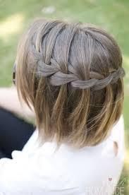 Trança cascata: em cabelo curto castanho claro