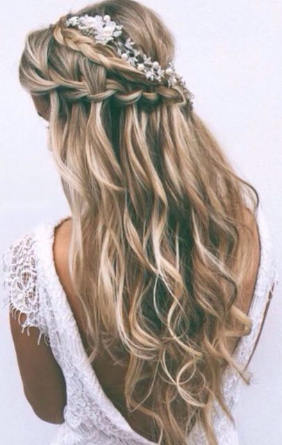 Trança cascata: lateral em cabelo loiro