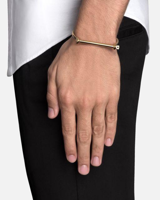 Esse modelo de pulseira atrai muitos jovens