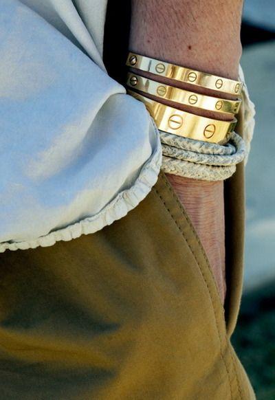 Vários padrões da mesma pulseira ou um bracelete diferenciado