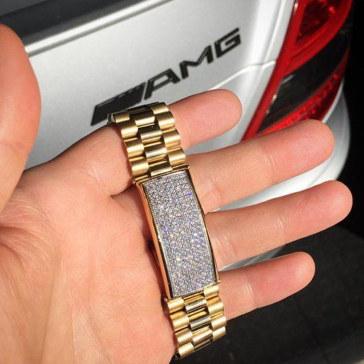 Algumas pulseiras possuem um valor bem elevado
