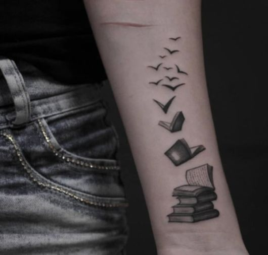 dicas de tatuagem de livros