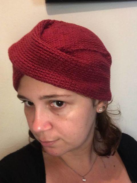 turbante de crochê vermelho