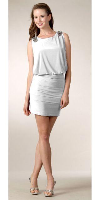 vestido grego branco curto