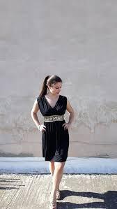 vestido grego preto curto
