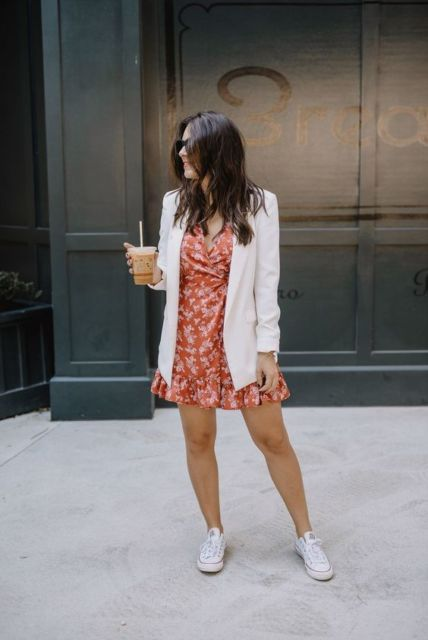 look vestido com tênis