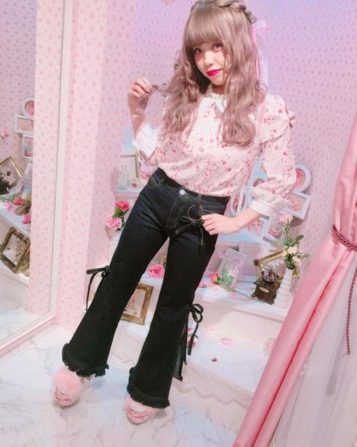 estilo kawaii com jeans