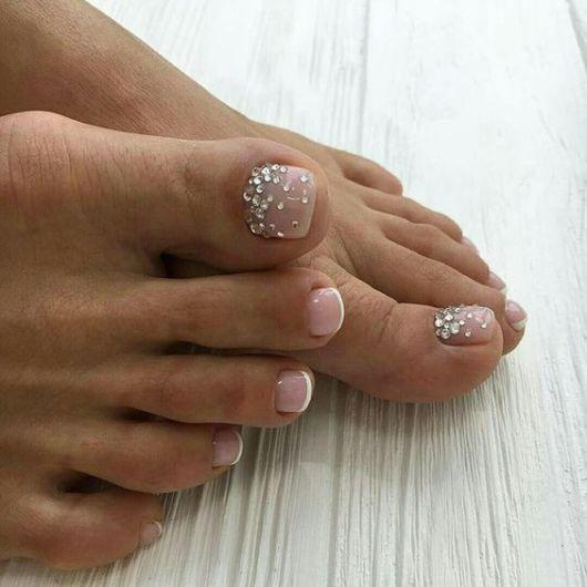 nail art com pedras