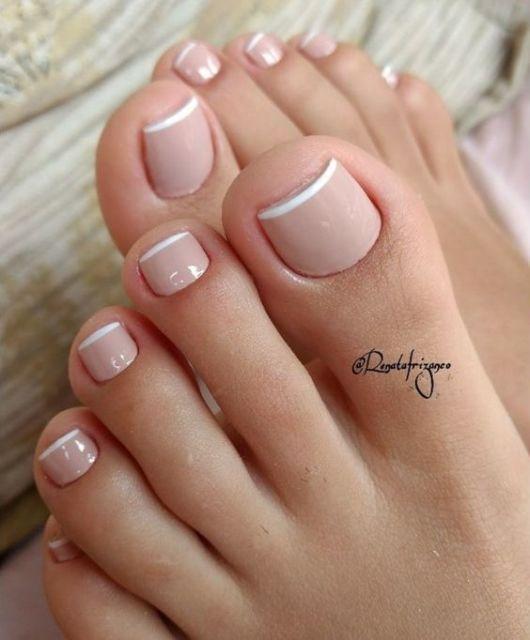 unhas nude para os pés
