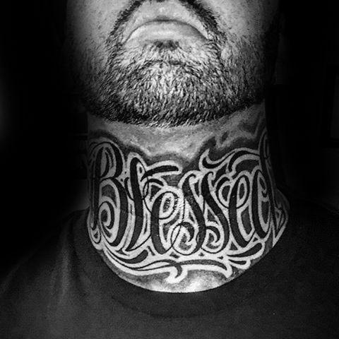 tatuagem escrita gótica