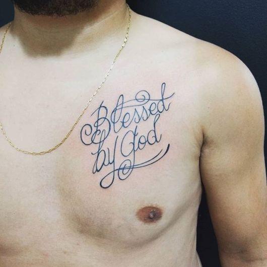 tatuagem masculina peitoral