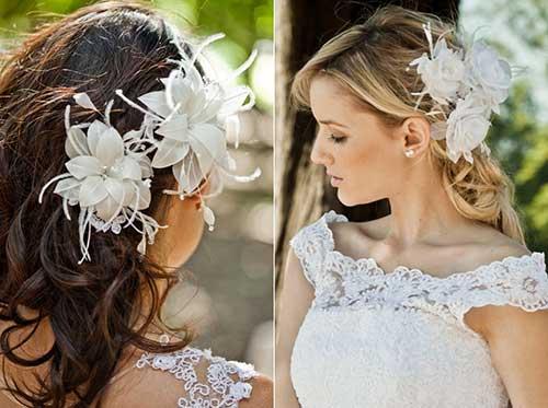 Arranjo de cabelo para noiva: com flor