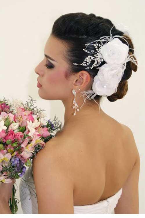 Arranjo de cabelo para noiva: com coque