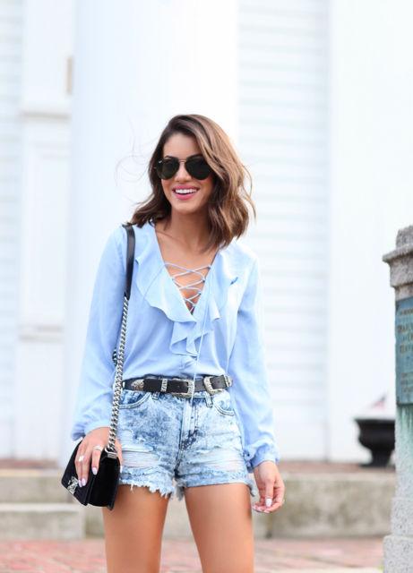 look short jeans com camisa