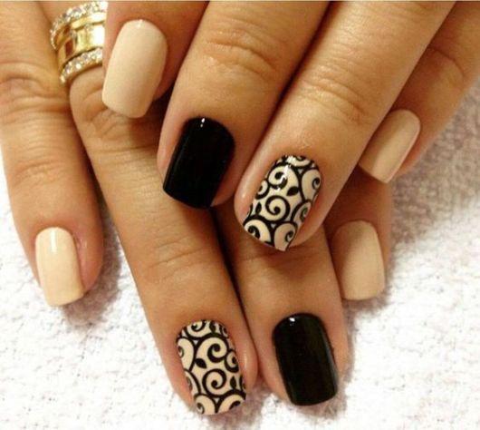 decoração com esmalte preto