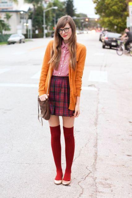 look com meia vermelha