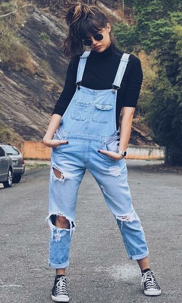 look atual com macacão jeans