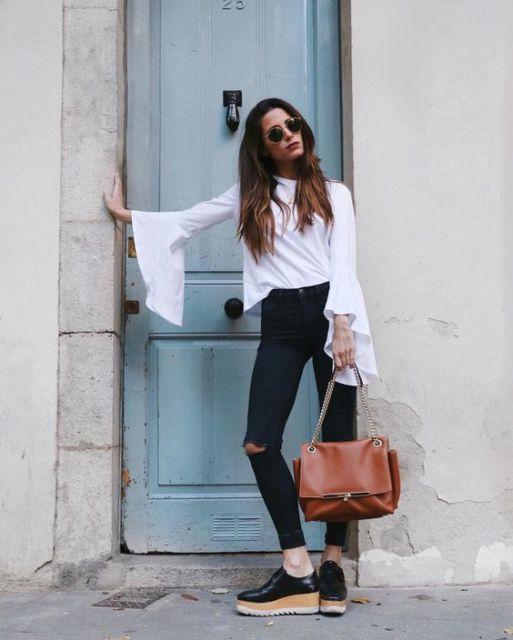calça preta com camisa branca