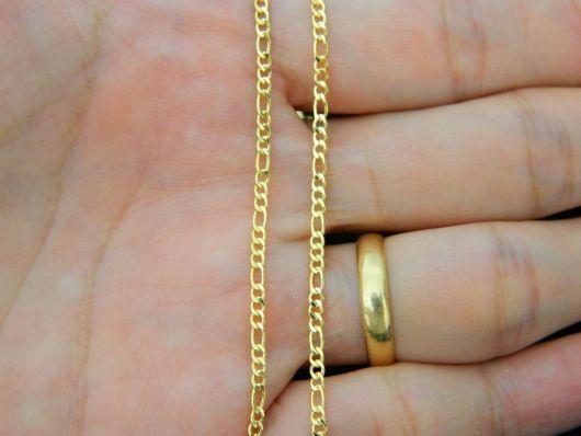 Corrente de ouro fina