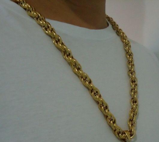 Corrente de ouro grossa