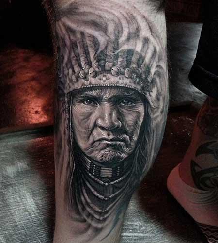 Tatuagem realista de rosto