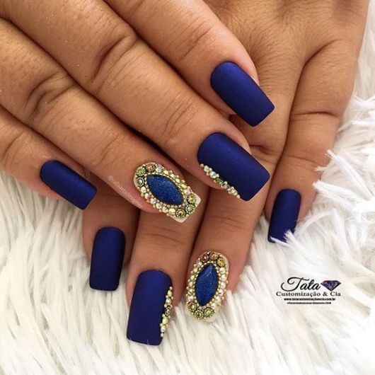 unha azul marinho