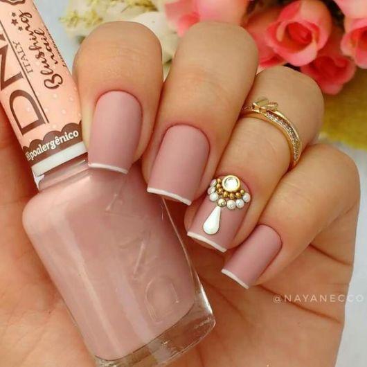 nail art rosa antigo