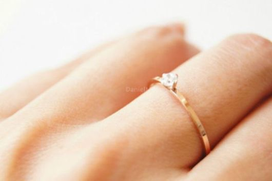 anel delicado noivado