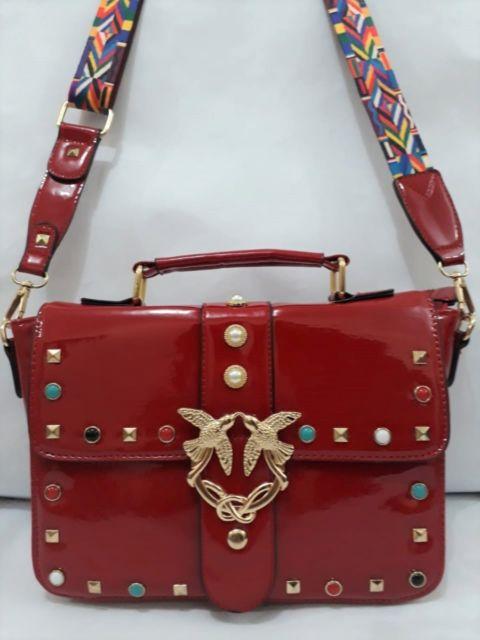 bolsa vermelha verniz