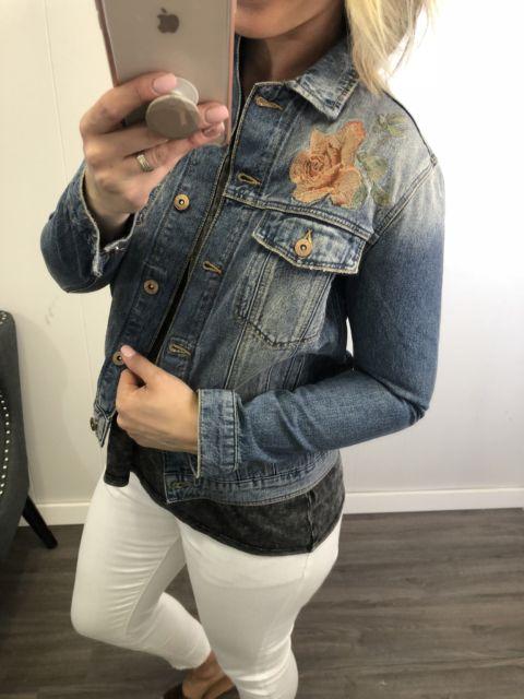jaqueta bordada flor