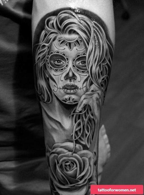 Tatuagem Catrina feminina