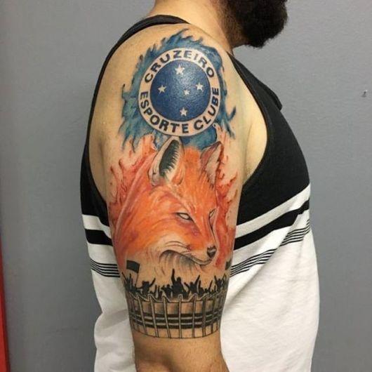 tatuagem do cruzeiro no braço