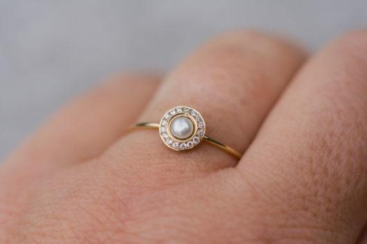 anel delicado com pérola