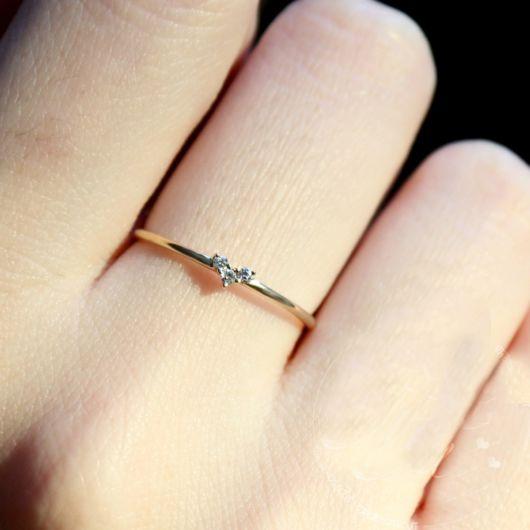 anel de ouro delicado