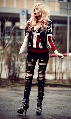 estilo punk com calça destroyed