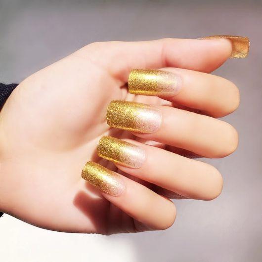 francesinha dourada com glitter brilhoso