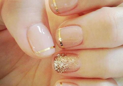 francesinha dourada com fita dourada