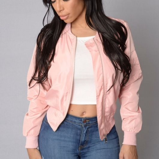 jaqueta rosa tipo camurça