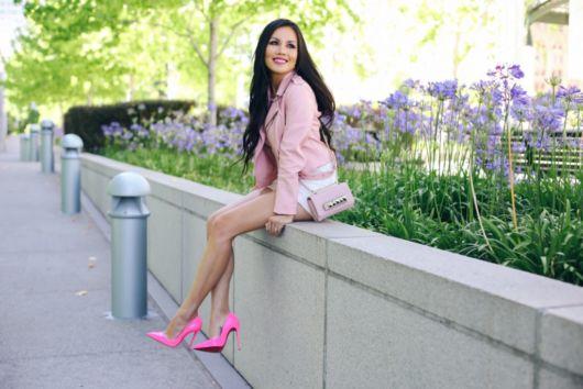 looks com jaqueta rosa