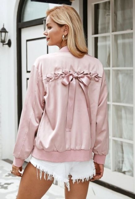 jaqueta rosa com laço nas costas