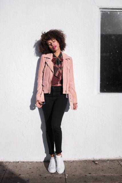 fotos com jaqueta rosa