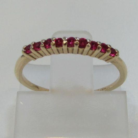 anel com rubi