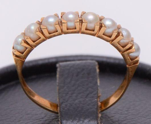 anel de ouro rosé com pérolas