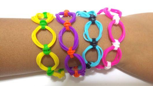 pulseiras de plástico simples