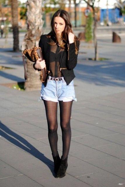 short com meia calça e blusa transparente