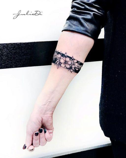 tatuagem bracelete feminina