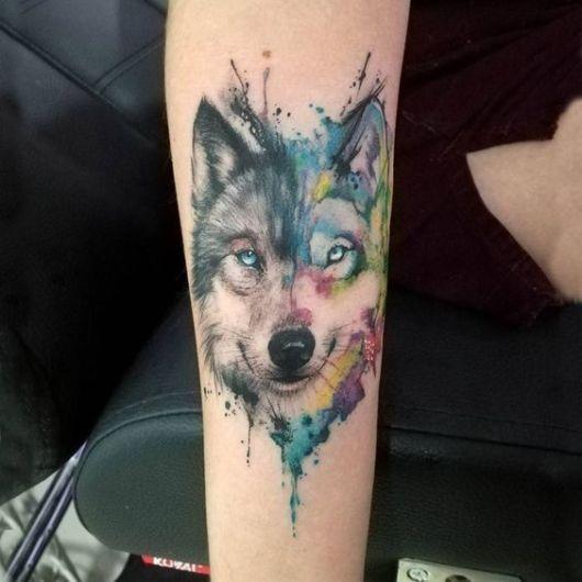 tatuagem moderna lobo