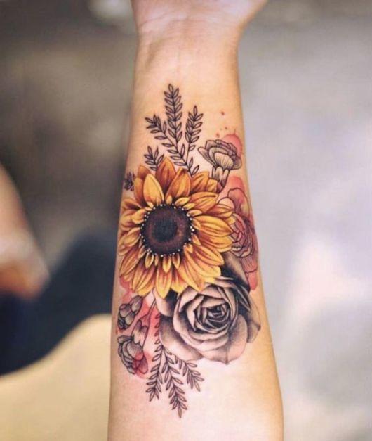 tatuagem moderna flores